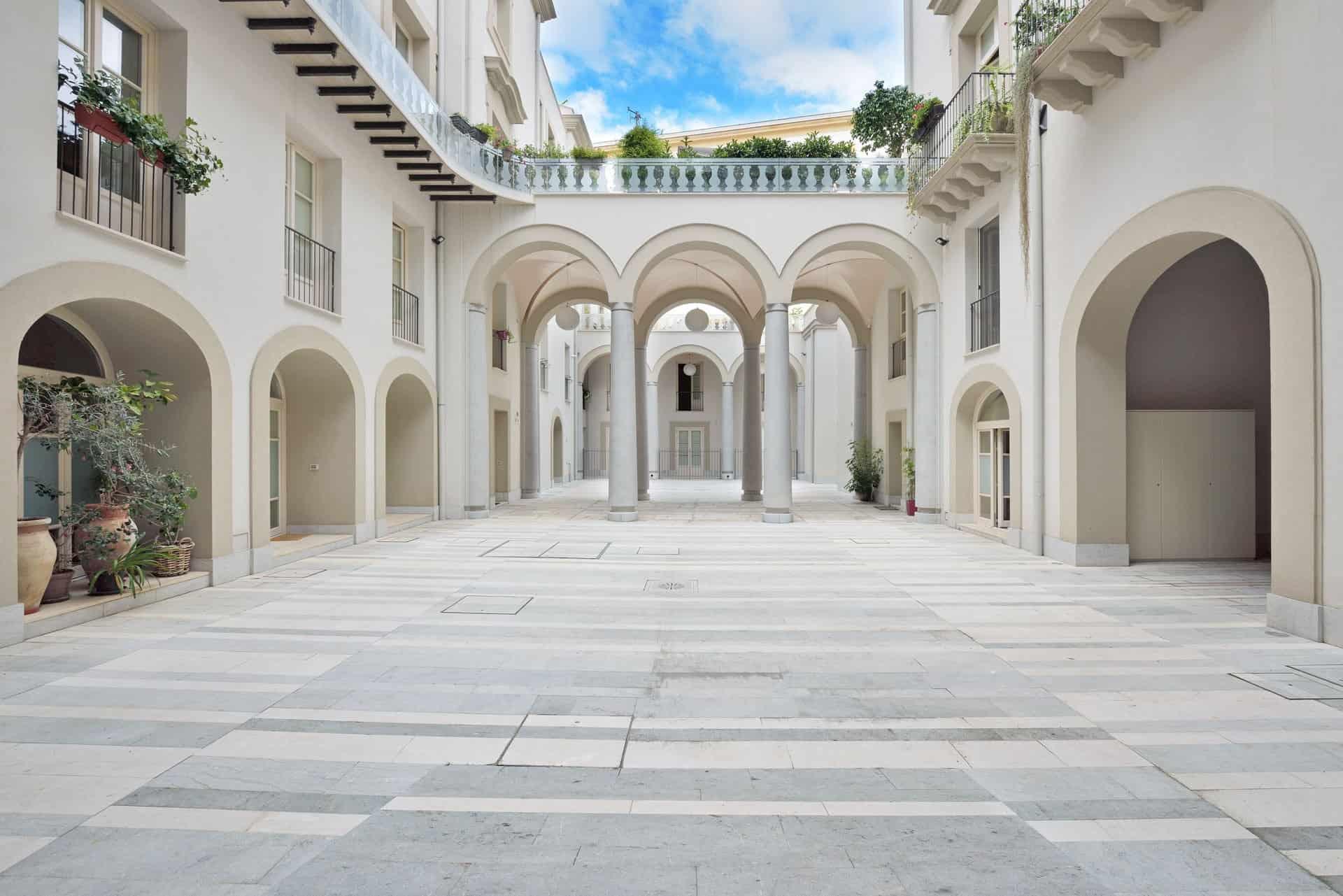 Palazzo-Lampedusa_cortile