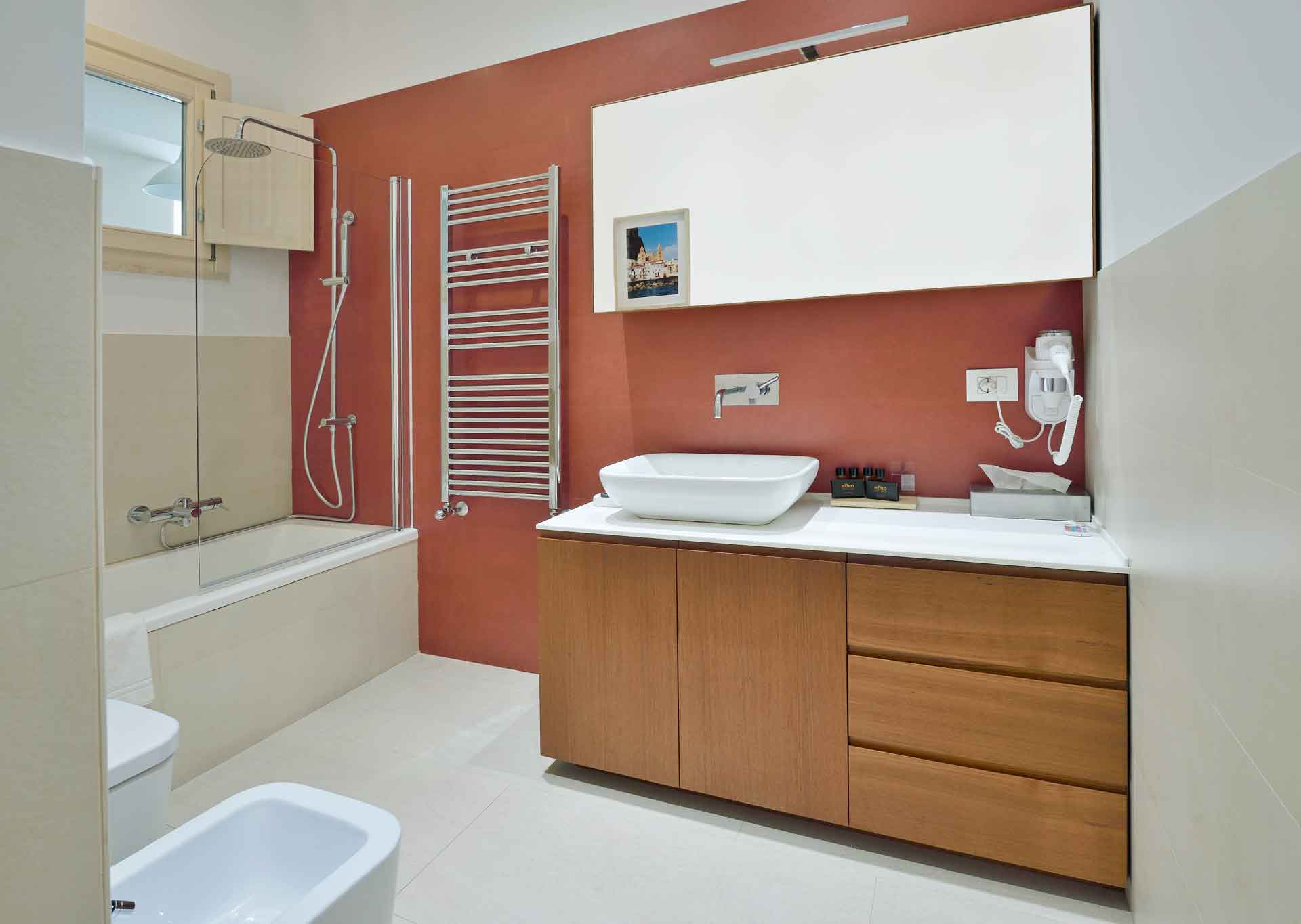 Room-Three_bathroom